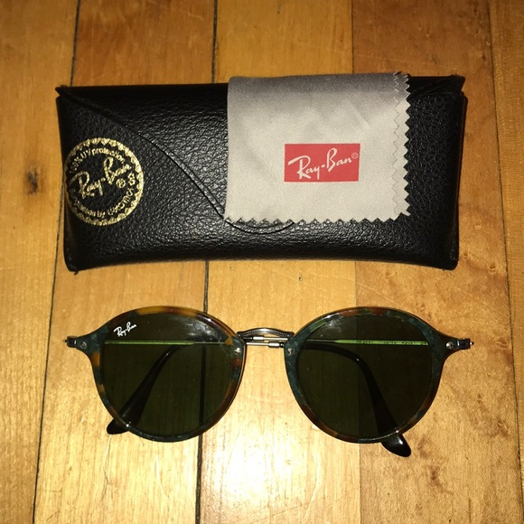 6dd68d314a7 Ray-Ban Accessories - Ray Bans AUTHENTIC